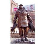 """Памятник """"Мимино"""" в Тбилиси"""