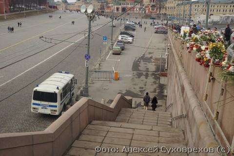 Лестница. на которой киллер ждал Немцова