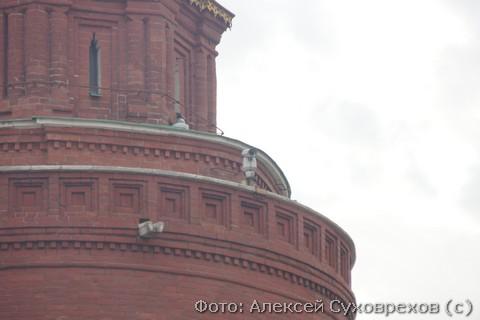 Видеокамеры на башне Кремля рядом с местом убийства Немцова